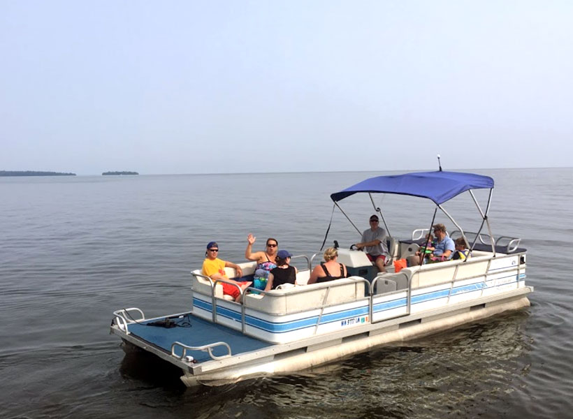 Pontoon Boat Rental on Mille Lacs Lake Recreational Rentals at Randy's Rentals